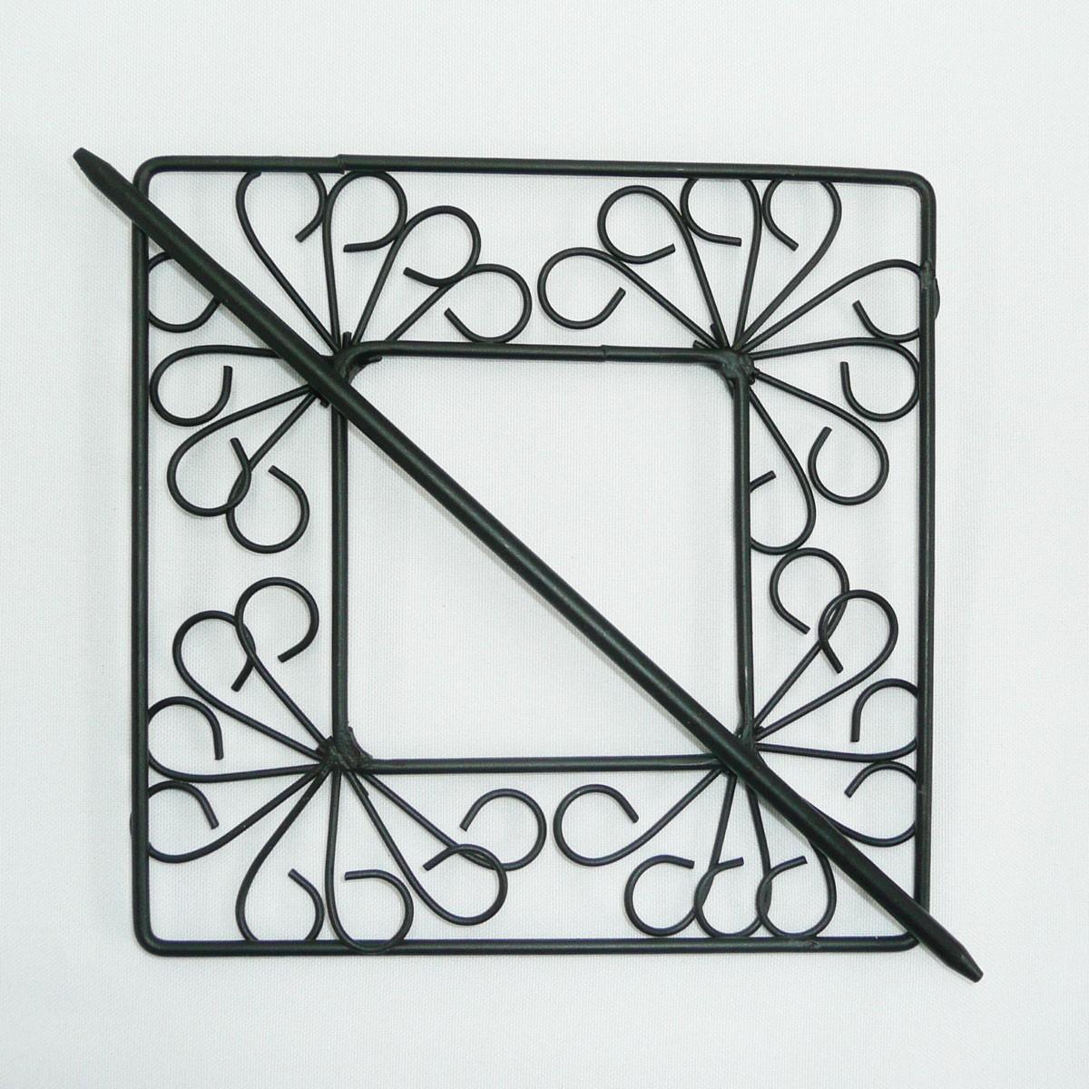 deko klammern metall eckig ornament schwarz mit stab 15x15cm gardinenstangen zubeh r. Black Bedroom Furniture Sets. Home Design Ideas